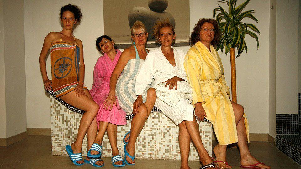 Mature women porn feet