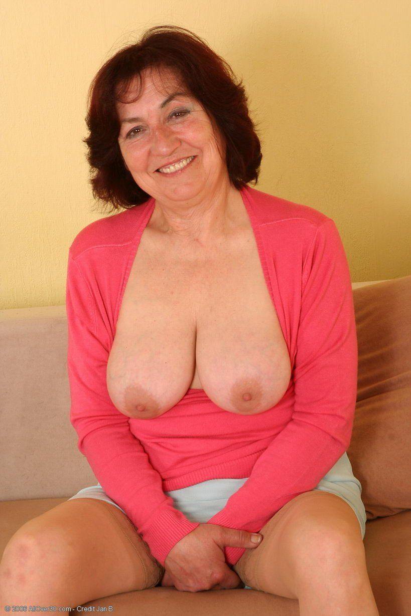 Catnip reccomend Chubby mature pussy spread