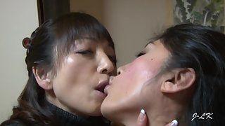 Xxx hardcore naked lesbian sex porn making out