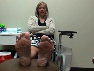 Sweaty wife foot job
