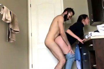 Cumming daughter