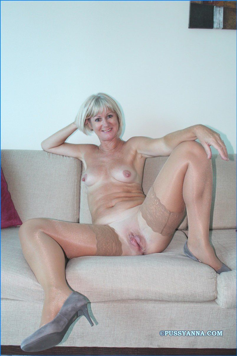 best of Shaved pussy moms