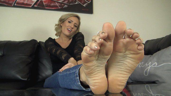 Reagan lush foot