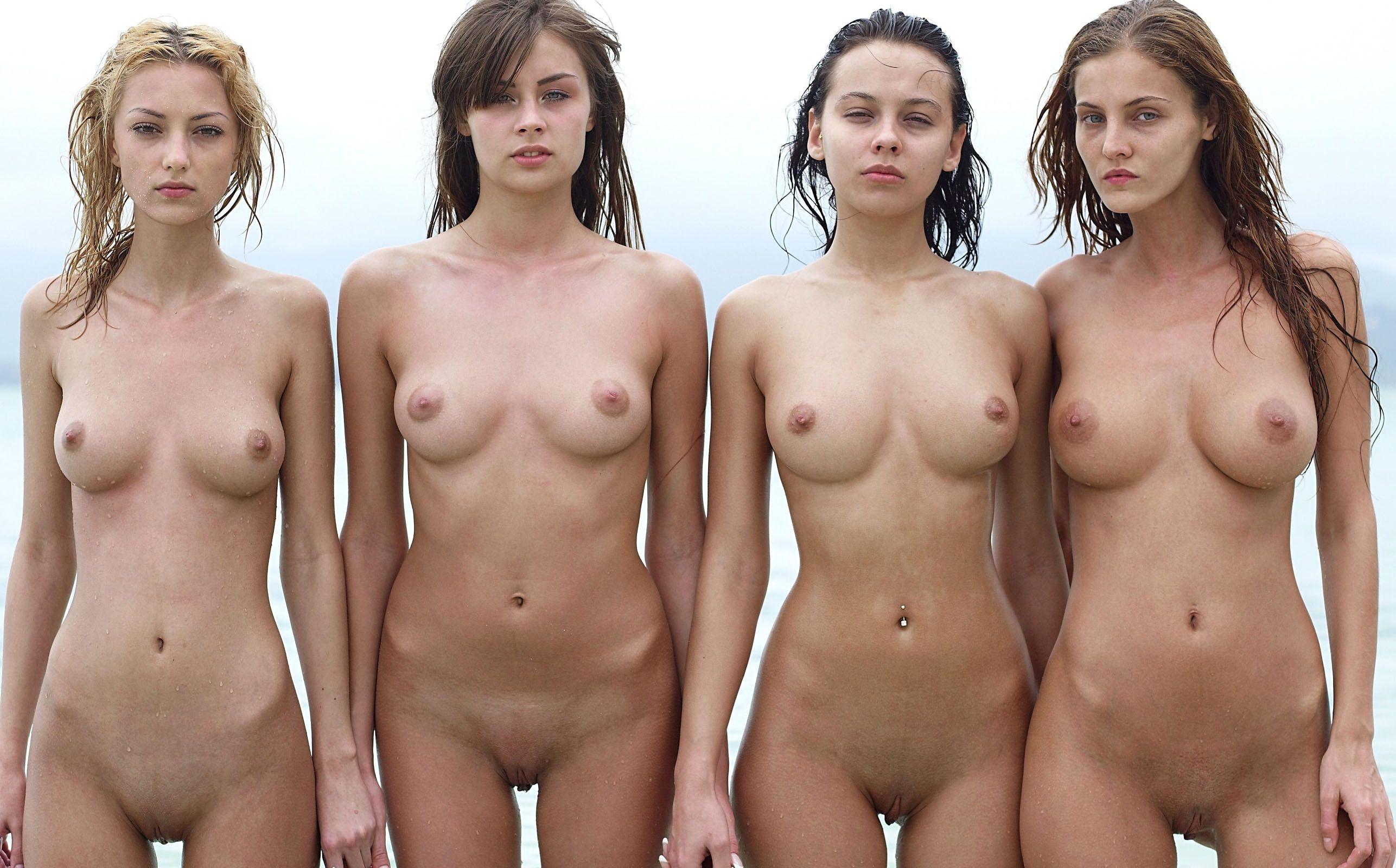 Teen girl pic naked Pakistani girl