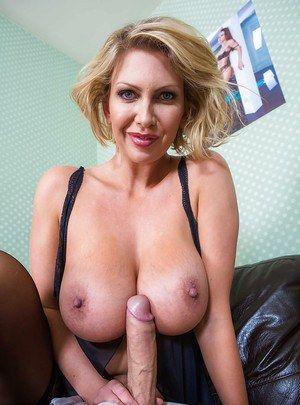 Tits cougar Naked Cougar