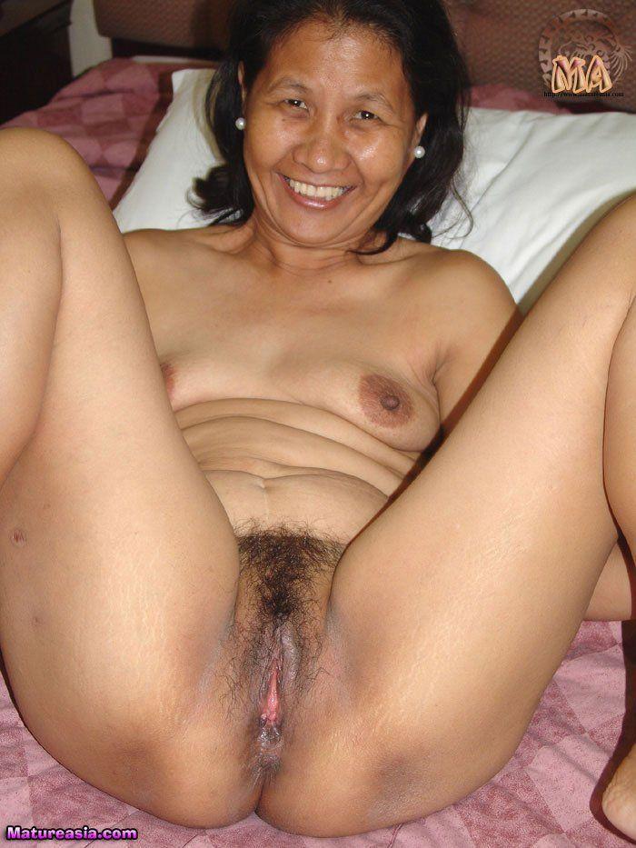 asian gran mom nude