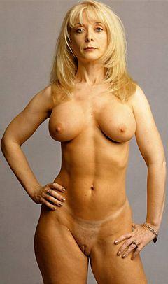 Blueberry reccomend Nina hartleys guide to double penetration
